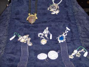 Gioielli in argento realizzati con la tecnica della cera persa. Visita la galleria.