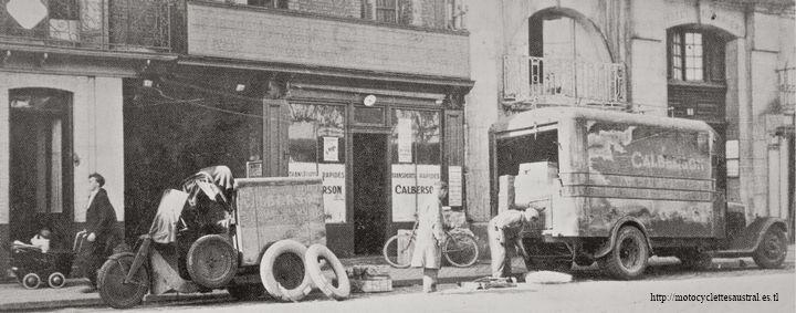 agence Calberson à Rouen environ 1932. Un trimoteur Austral stationné devant le local