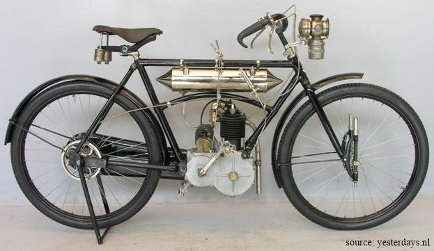 motocyclette Rochet type MI, 1906, côté droite