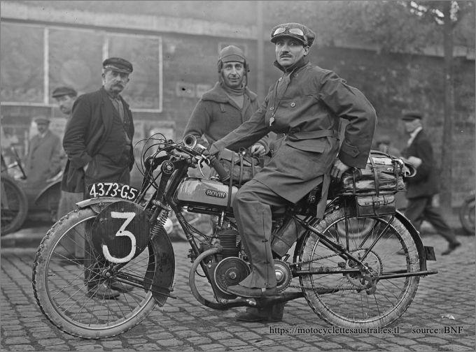août 1924, Chéret départ pour l'épreuve Paris-Les Pyrénées-Paris, Porte d'Italie