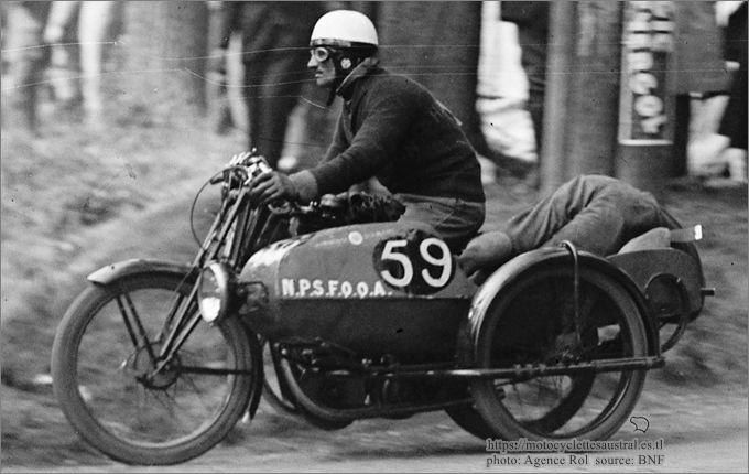 Chéret sur moto La Française avec sidecar au Bol d'or 1928