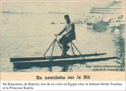 M Raucoules fait une demonstration de sa Nautilette sur le Nil, 1928