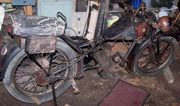 Austral moto type V, NV ou VN. épave sans moteur