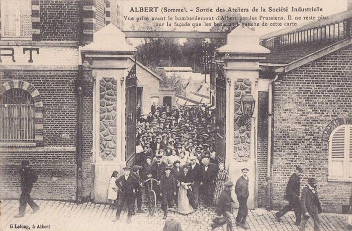 usine de la Société Industrielle d'Albert. façade Rue d'Amiens, porte