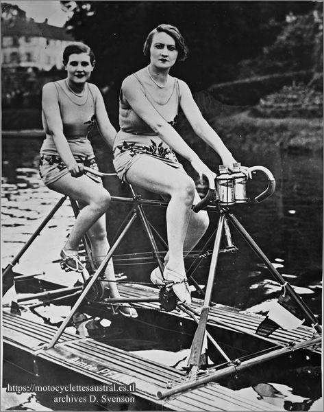 1930 Aimée Pfanner, Pierrette Rouard Bouard sur tandem Nautilette Miss Paris, fête nautique