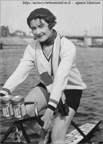 Aimée Pfanner sur Nautilette, 1929
