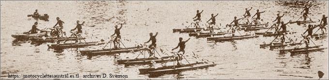 13 juillet 1930, fête nautique à Courbevoie: défilé de 32 Nautilettes Austral devant la tribune d'honneur