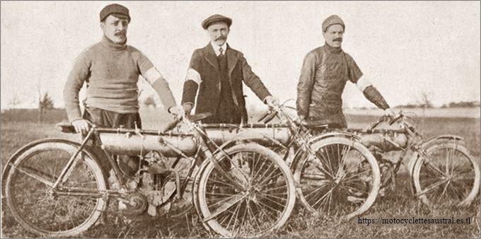 les coureurs Canale, Dacier et Grapperon en 1911 à Gometz-le-Châtel