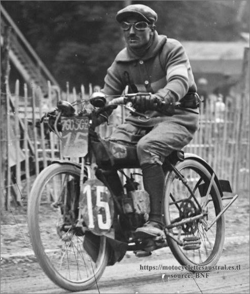 Chéret sur le vélomoteur Mascotte au Bol d'or 1923