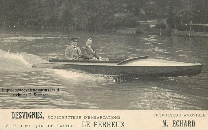 bateau avec propulseur amovible Echard, constructeur Desvignes, Le Perreux. Dans l'embarcation probablement MM Desvignes et Echard