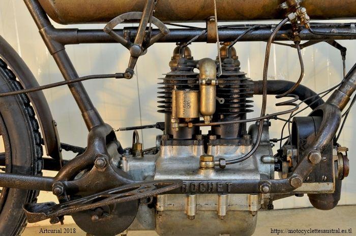 moteur deux cyclindres de la moto Rochet type MH 1907