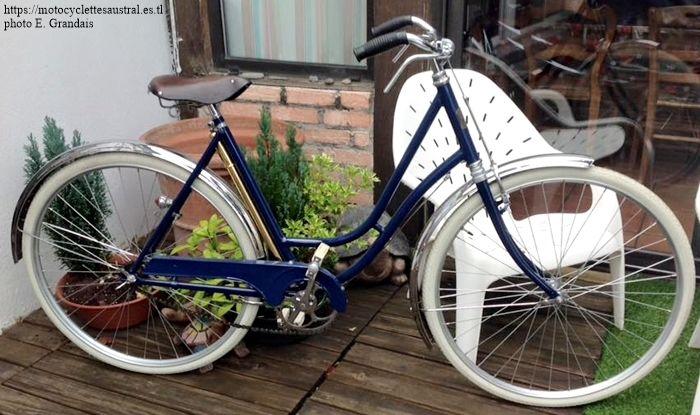vélo dames Austral, début des années 20