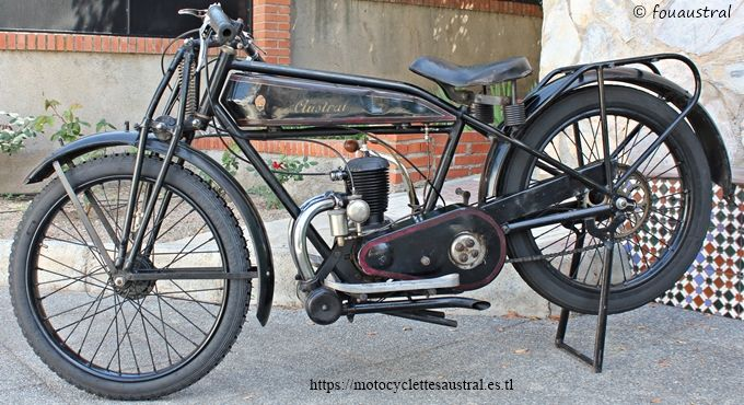 Austral moto type GT26 selon la CG, fourche AYA, moteur LMP 175 cm3. Propriété de l'auteur.