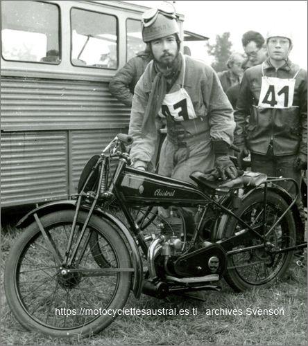 moto Austral type GT 26, 1926, photographiée dans les années 70.