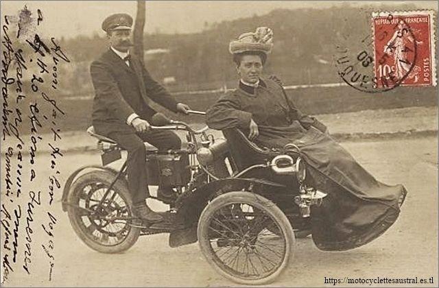tricar Austral type B 1ère série avec chauffeur et passagère