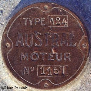plaque du moteur PS avec le no. de série et le type, Austral A24
