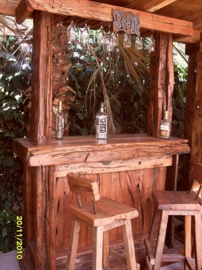 Elrincondelroble bares for Mobiliario rustico para bares