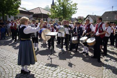 Die Musiker der drei Kapellen beim gemeinsamen Massenchor