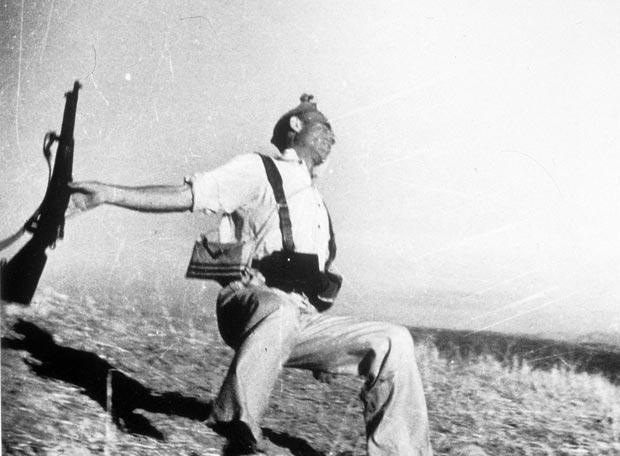 La foto de Robert Capa del miliciano caído no se hizo en Cerro Muriano y fue un montaje