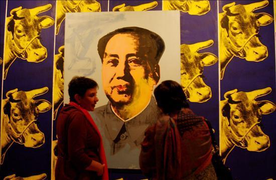 Warhol se instala en Bogotá con la mayor exposición llevada a Latinoamérica
