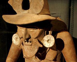 Huwehueteoil Divinidad del Fuego  de Veracruz  del 600 al 800 AC