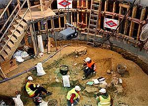 Imagen de los trabajos araquológicos en Metro de Carpetana.