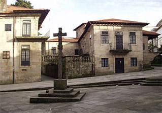 El Museo de Pontevedra expone en Vigo un siglo de arte gallego