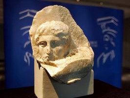 Fragmento del templo del Partenón de la Acrópolis de Atenas