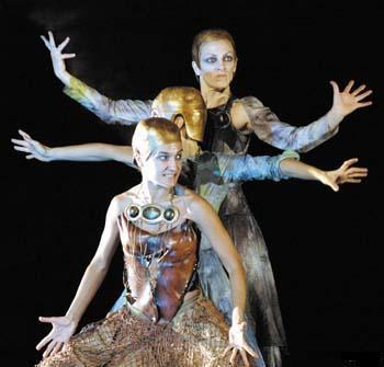 Atalaya Teatro representando Medea