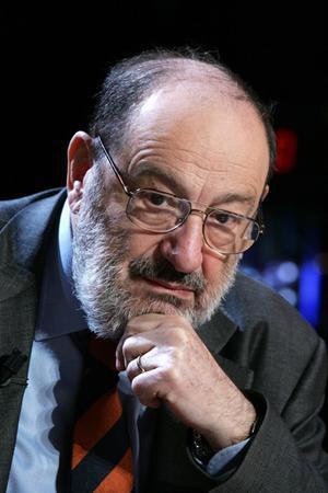 El escritor y crítico literario Umberto Eco