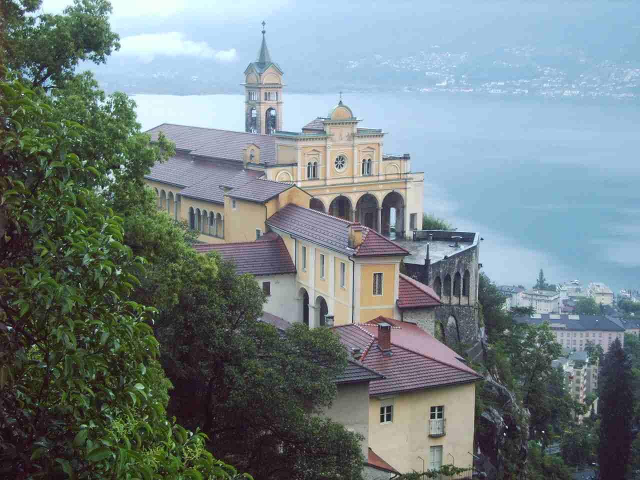 Madonna del sasso - Marien-Walfahrtsort bei Locarno