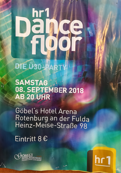 HR 1 Dancefloor in der Göbel Hotels Arena in Rotenburg