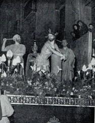 Antiguo paso de la cofradía de Jesús atado a la columna, procesion independiente del santo entierro