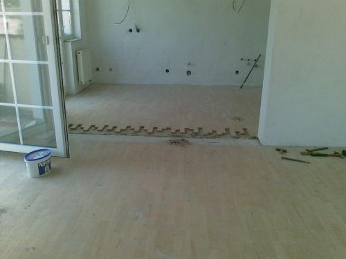 montáž parket podlahy tropy