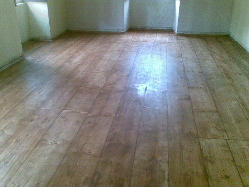 barvení podlahy