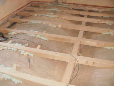 Montáž dřevěného roštu