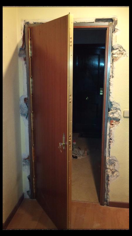 Puertas y armarios prodear puertas blindadas y acorazadas for Puertas acorazadas