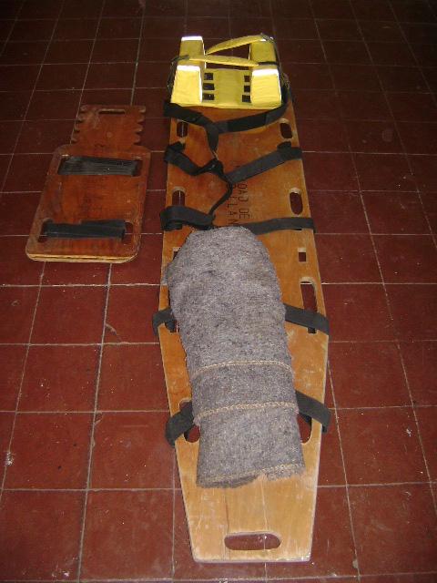 Table espinal Corta y Larga con Inmovilizadores laterales