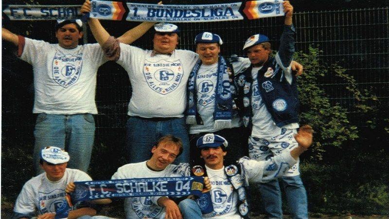 3 Fan-Mitglieder im Kölner Block