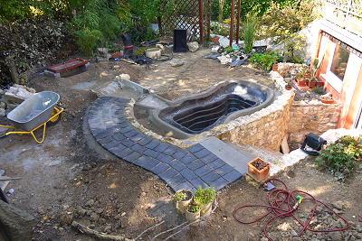 gartenteich mit bachlauf – airfax, Garten dekoo