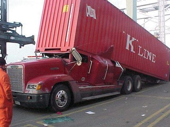 Resultado de imagen de accident de camion france