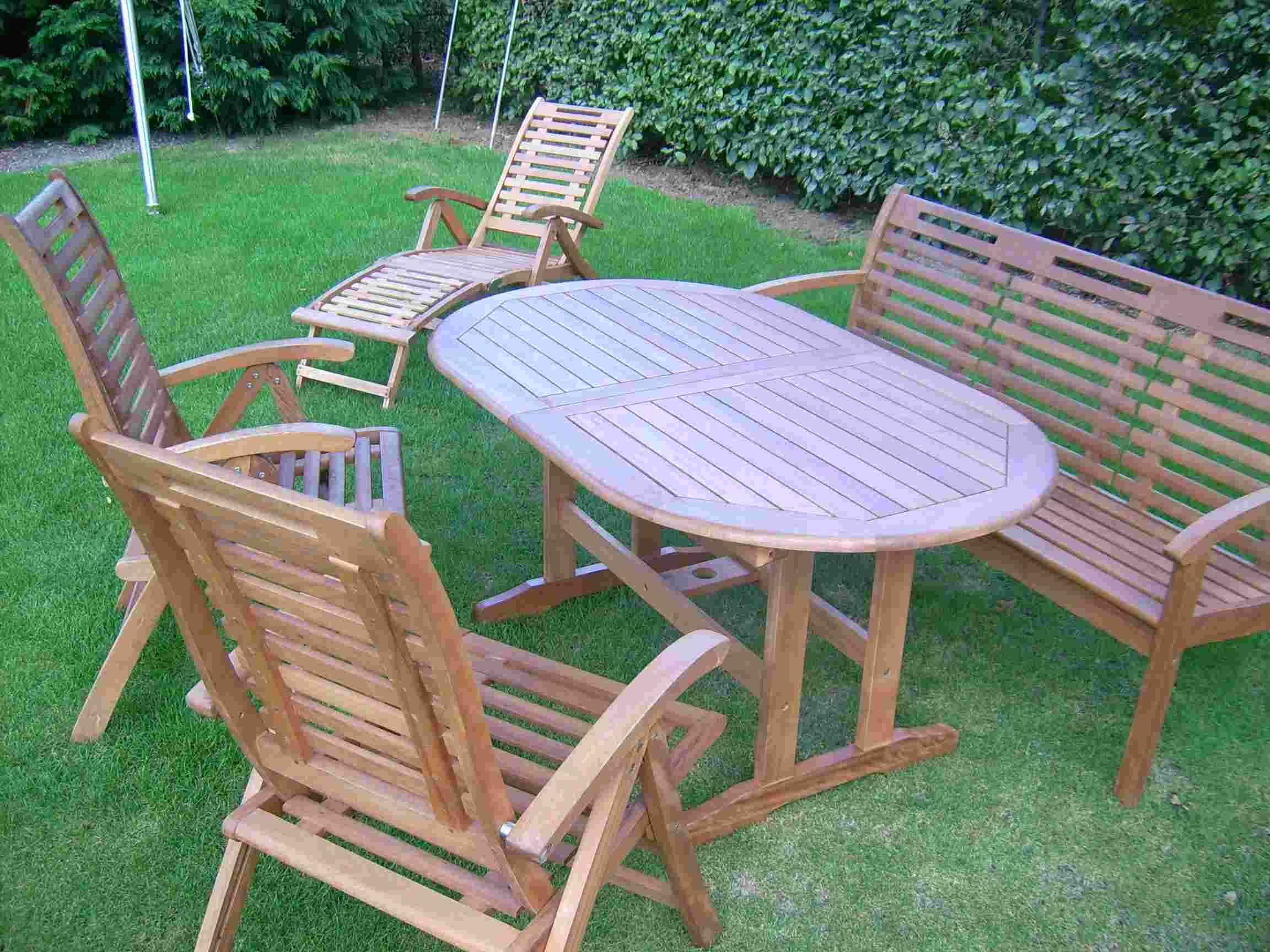 Holz im Garten - Gartenmöbel