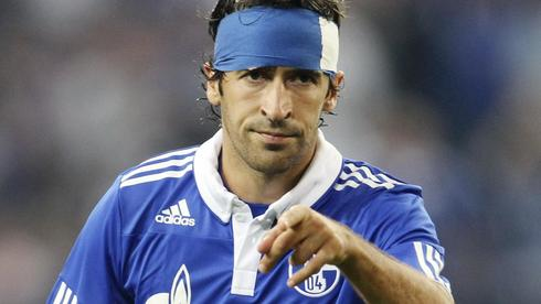 Raul mit blau-weißem Turban