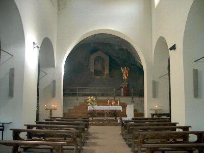 Interno Santuario S. Michele