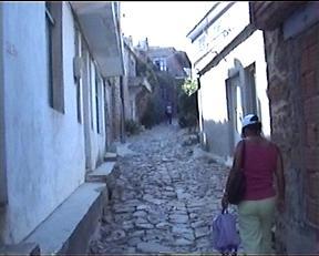 zeytinlide bir ara sokak
