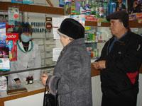 Директор ТОВ «Аптека №63 з підрозділами» Н.Перегуда за день видає ліки десяткам відвідувачів