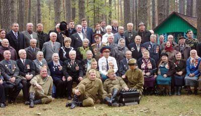 65-летие освобождения от фашистких захватчиков Щорского района - Фото на память