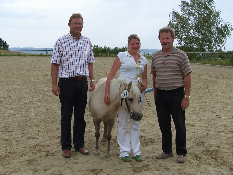 Gesamtreservesieger der Hans-Schütz-Schau Partbredstute Lucy-Ann, Züchter und Besitzer Anton Schaubmair Kaltental