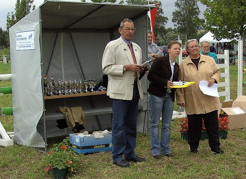 Das Richterteam in Gerolzhausen Herr Wolfgang Kühlechner, Frau Claudia Sirzisko und Barbara Freifrau von Stetten.