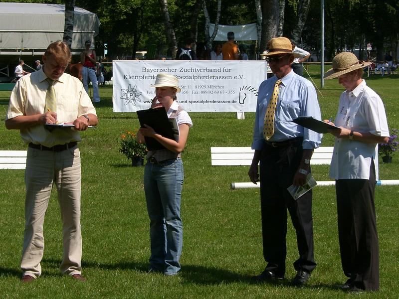 Das Richterteam bei der Landesponyschau 2007 bei der Landesponyschau in München-Riem